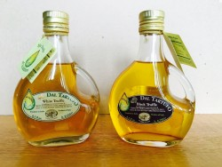 Basquaise Extra Virgin Olive Oil with White or Black Truffle